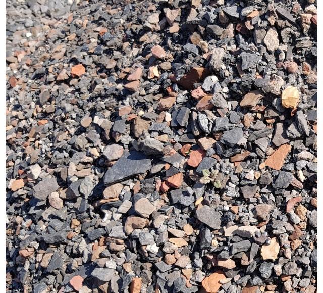0-16 mm  Třízený praný haldový kámen